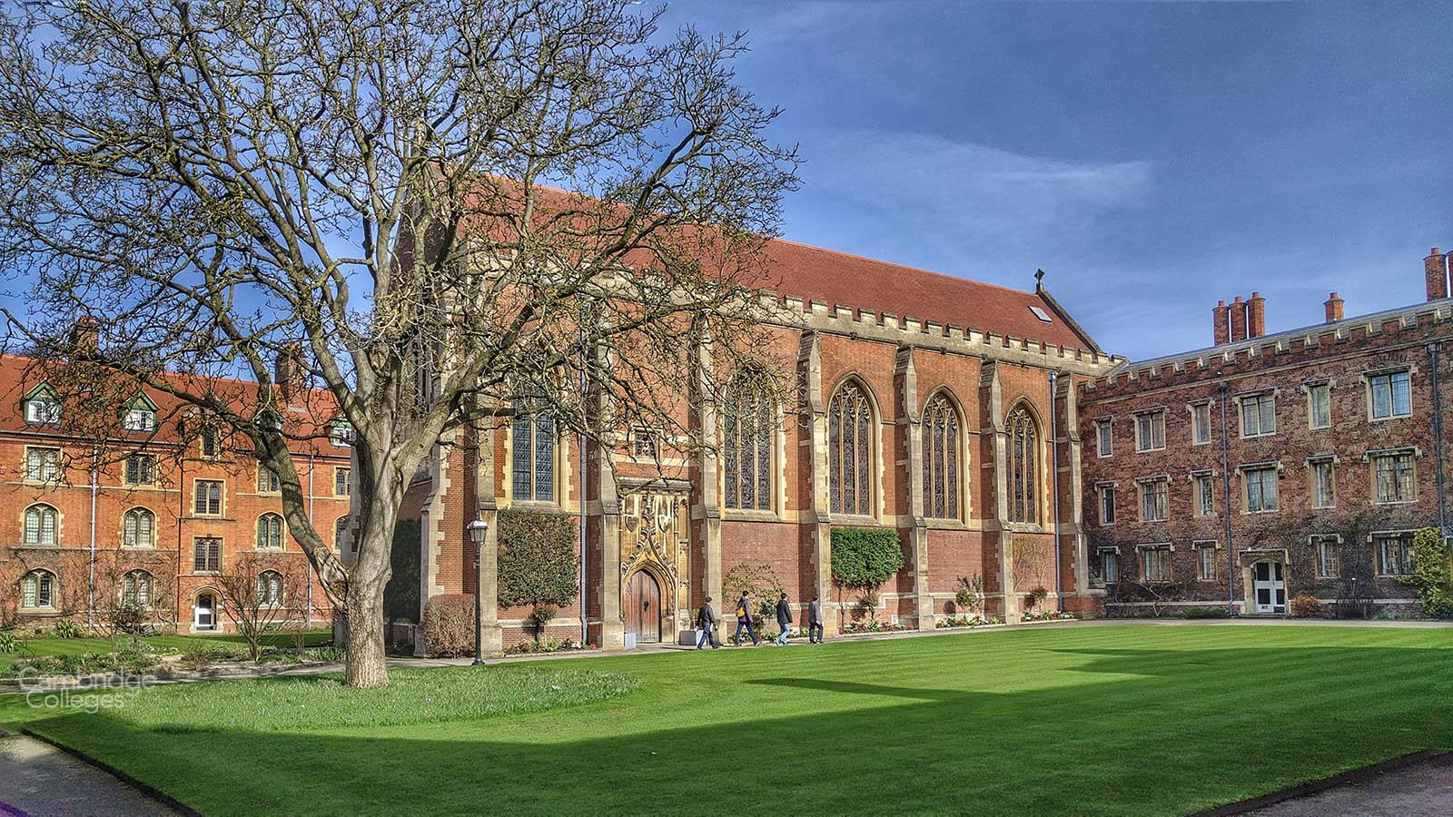 Walnut tree court, Queen's college Cambridge