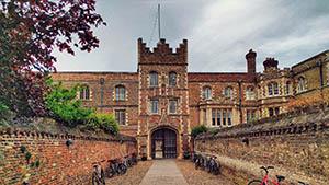 The pedestrian entrance to Jesus college, Cambridge